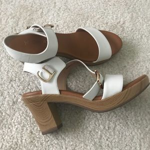 Shoes - Heeled sandal
